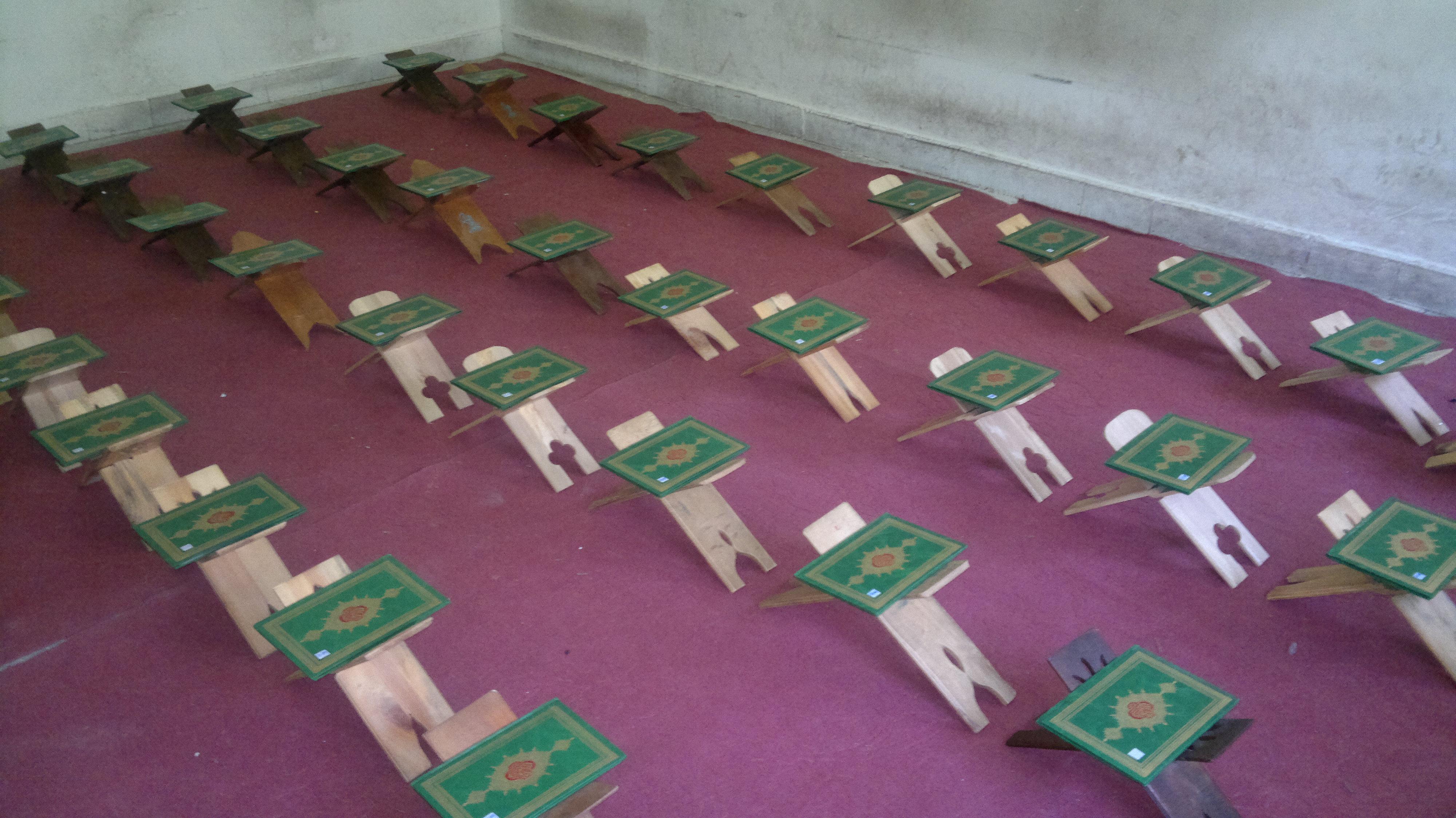 تشکر از مربی ورزشی مجتمع آموزشی و پرورشی حضرت محمد بن جعفر دبستان پسرانه ی دز 1